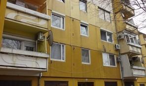 Fűrész utcai 2 szoba hallos, erkélyes, egyedi fűtésű lakás eladó!