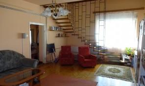 Hajnóczy utcai családi ház eladó! Kiváló helyen!
