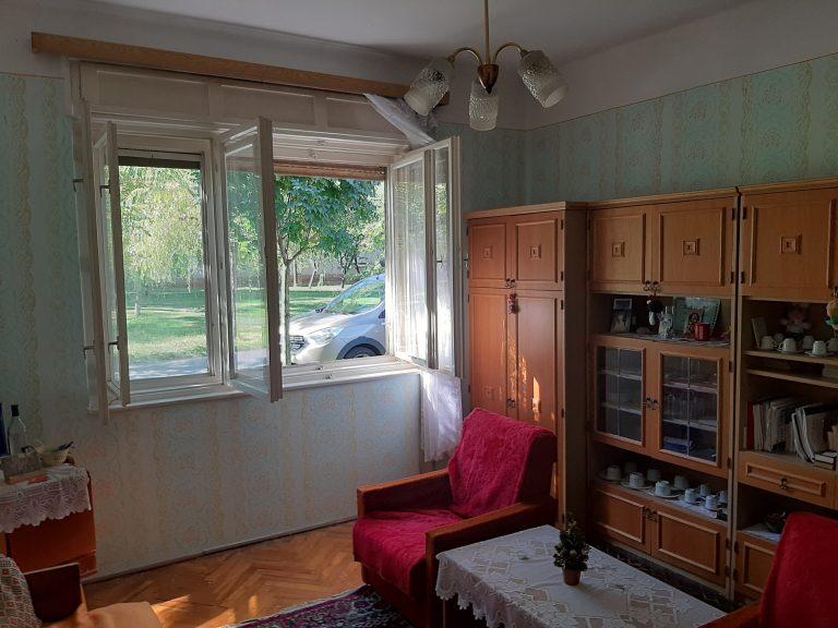 Tulipán utcai családi ház eladó!